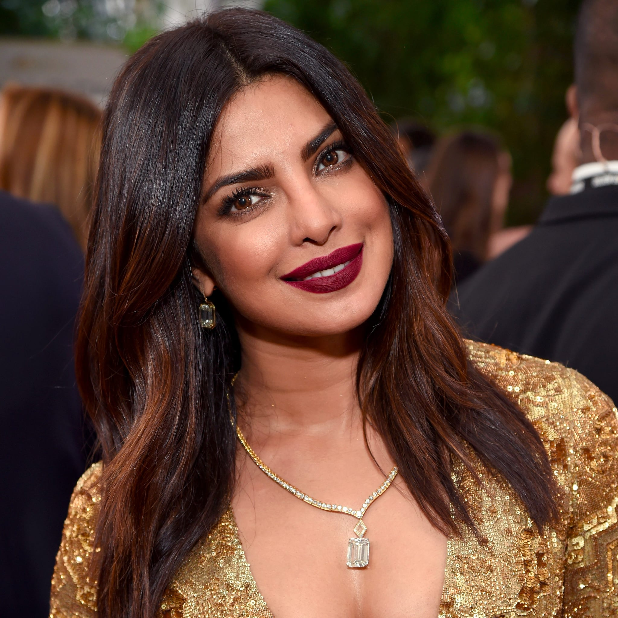 Priyanka Chopra S Makeup And Hair At The Golden Globes 2017 Popsugar Beauty