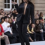 Camila Cabello Walks Le Défilé L'Oréal Paris 2019