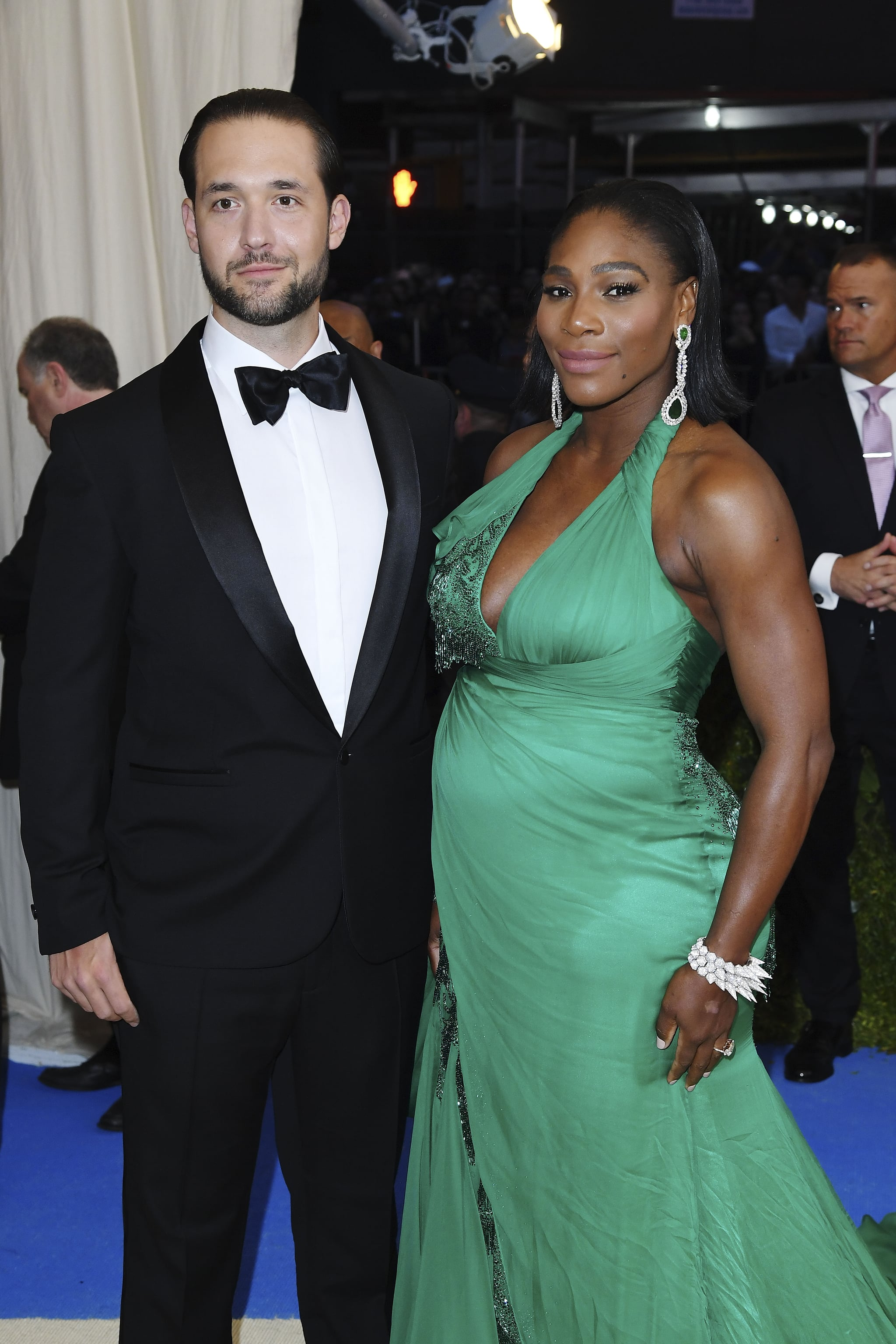 Whos dating serena williams