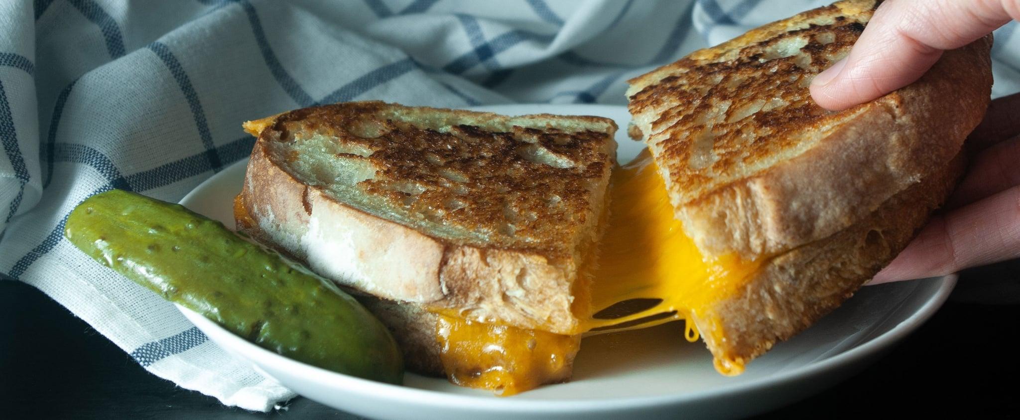 مهرجان شطائر الجبن المشوية في مطعم بيسترو بدبي