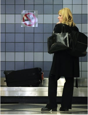 Cell Phone Tip: Take a Pic of Your Suitcase
