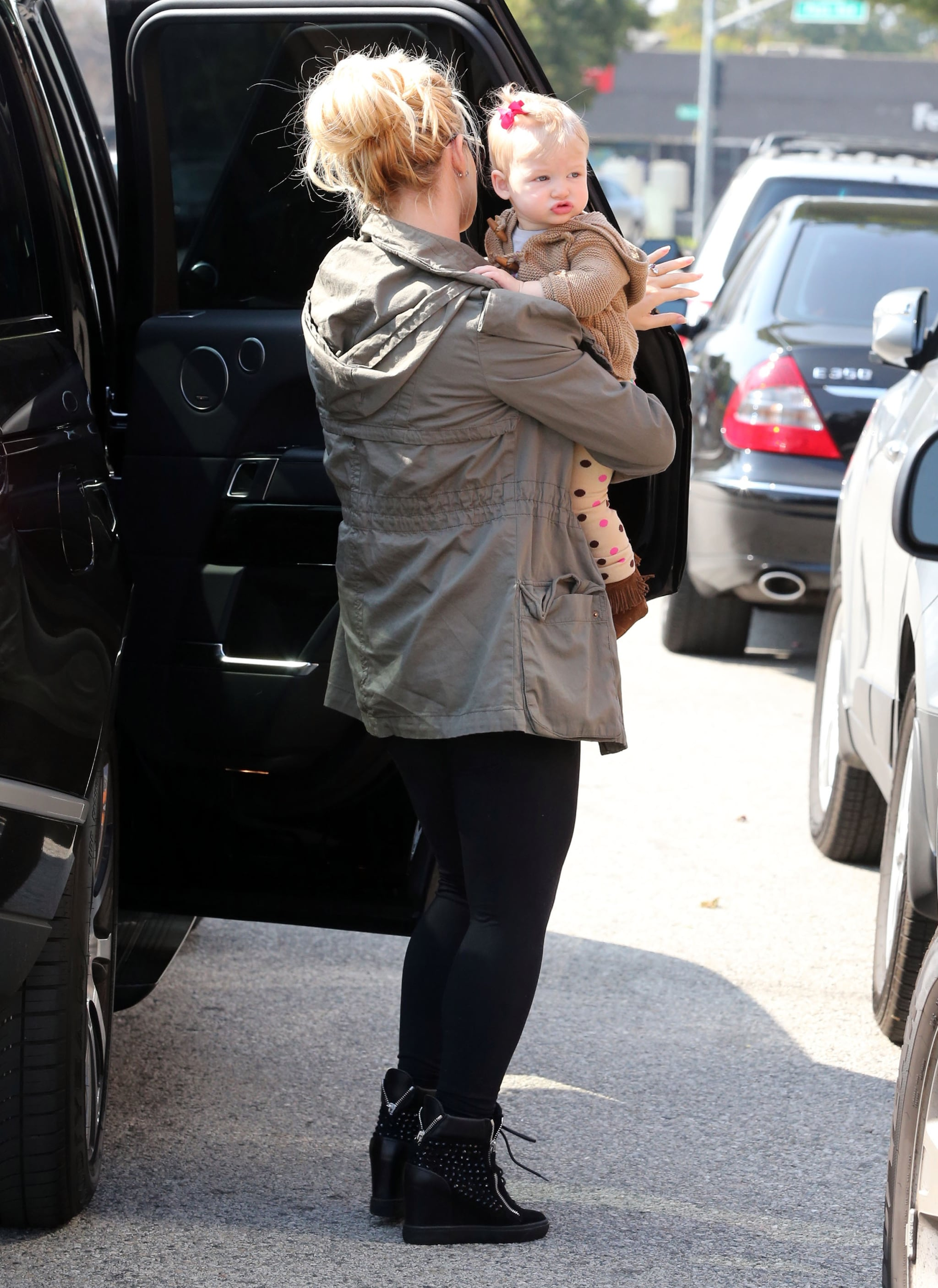 Jessica Simpson Has a Girls Lunch With Baby Maxwell