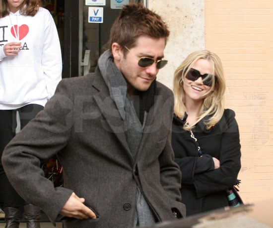Photo of Jake Gyllenhaal and Reese Witherspoon Shopping in Rome