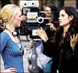Zooey Deschanel to Star in Julia Stiles' Short Film
