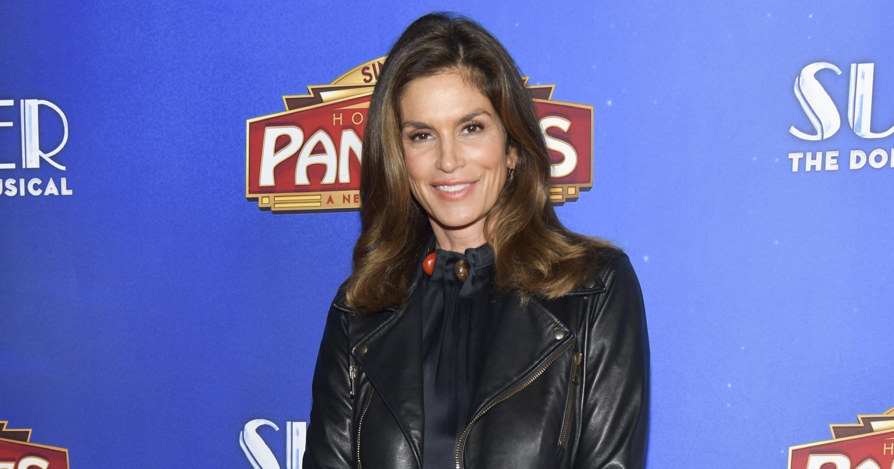Cindy Crawford Posts Epic Throwback Snap With Gabrielle Union, Jennifer Aniston, and More