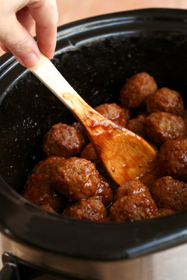 Slow Cooker Root Beer BBQ Cocktail Meatballs
