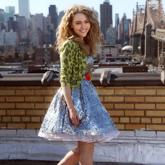 First Picture of AnnaSophia Robb as Carrie Bradshaw in The Carrie Diaries