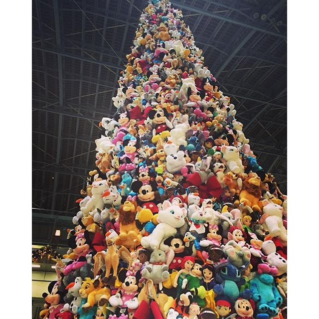 Disney Christmas Tree Ideas Popsugar Family Photo 27