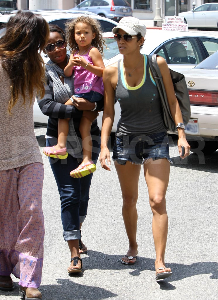 Halle Berry and daught... Halle Berry Kids