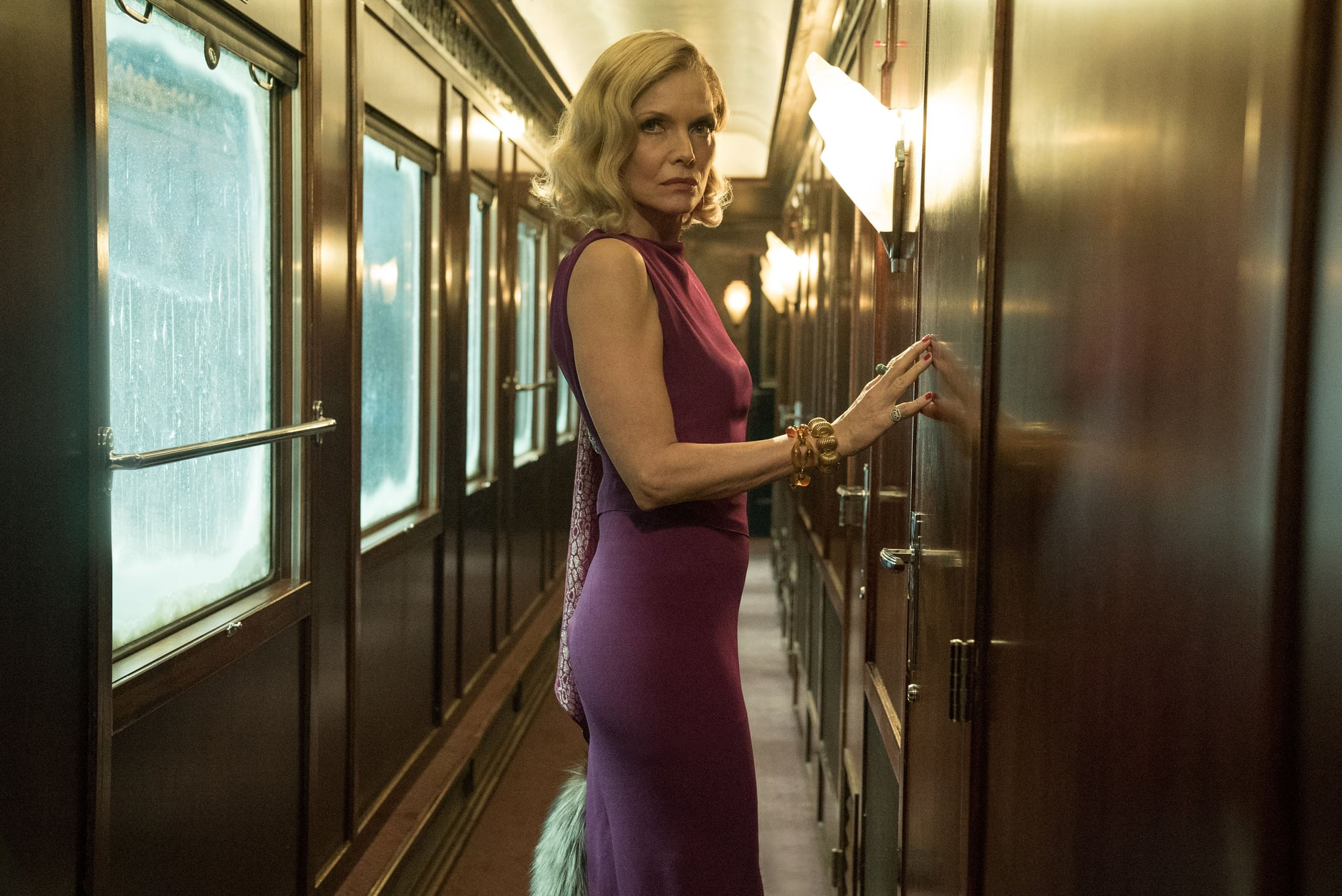MURDER ON THE ORIENT EXPRESS, Michelle Pfeiffer, 2017. ph: Nicola Dove / TM & copyright  Twentieth Century Fox Film Corporation. All rights reserved. / courtesy Everett Collection