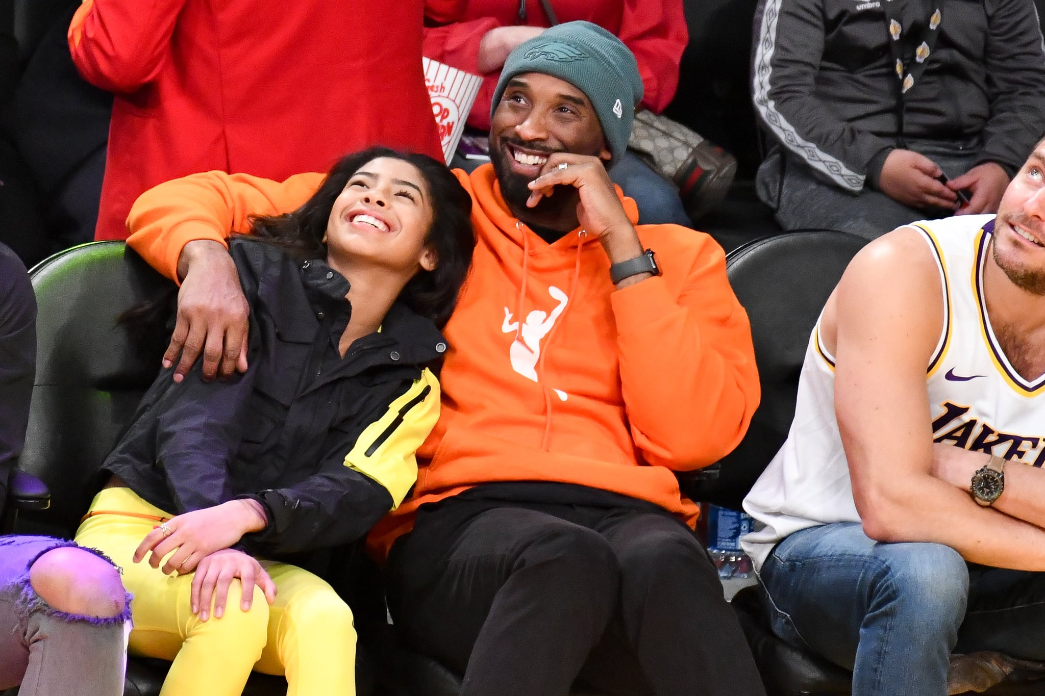 LOS ANGELES, CALIFORNIA - DECEMBER 29: Kobe Bryant and daughter Gianna Bryant attend a basketball game between the Los Angeles Lakers and the Dallas Mavericks at Staples Centre on December 29, 2019 in Los Angeles, California. (Photo by Allen Berezovsky/Getty Images)