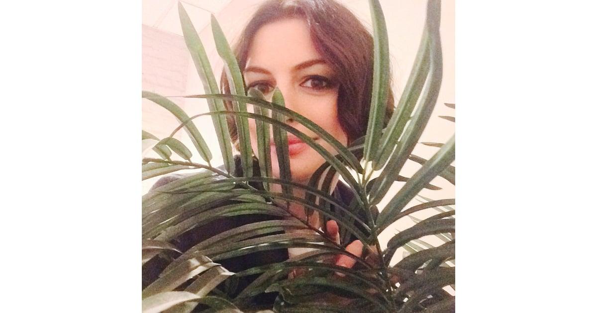 Anne Hathaway | Celebr... Anne Hathaway Instagram