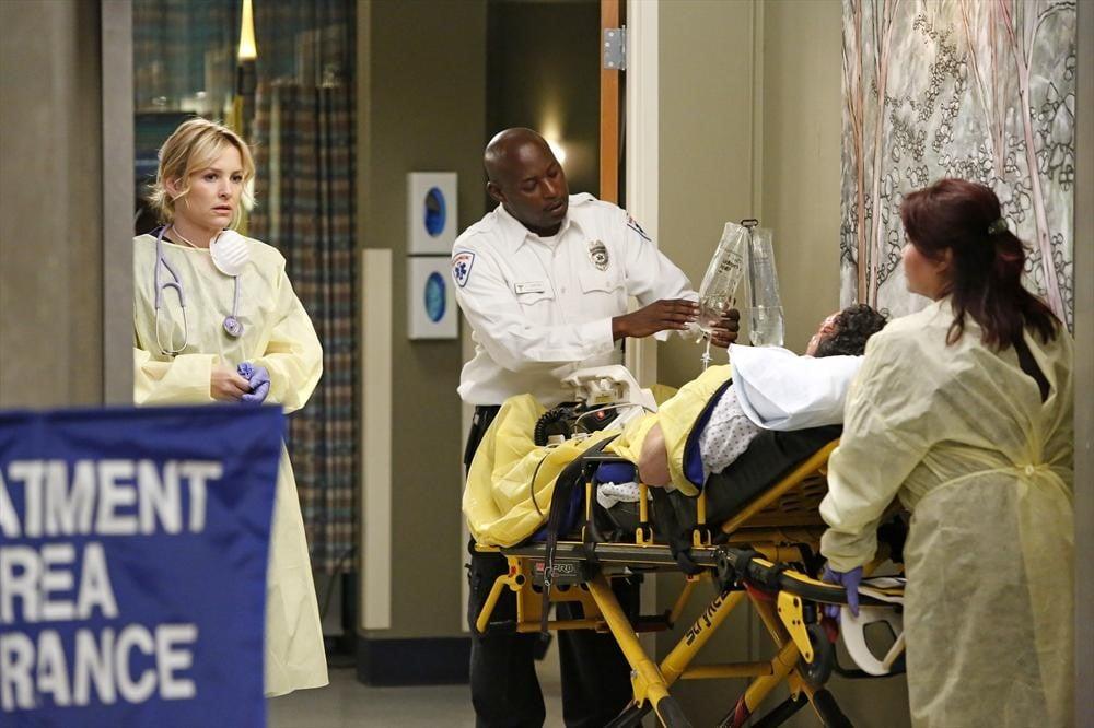 Dr. Arizona Robbins (Jessica Capshaw) watches on during the season finale of Grey's Anatomy.