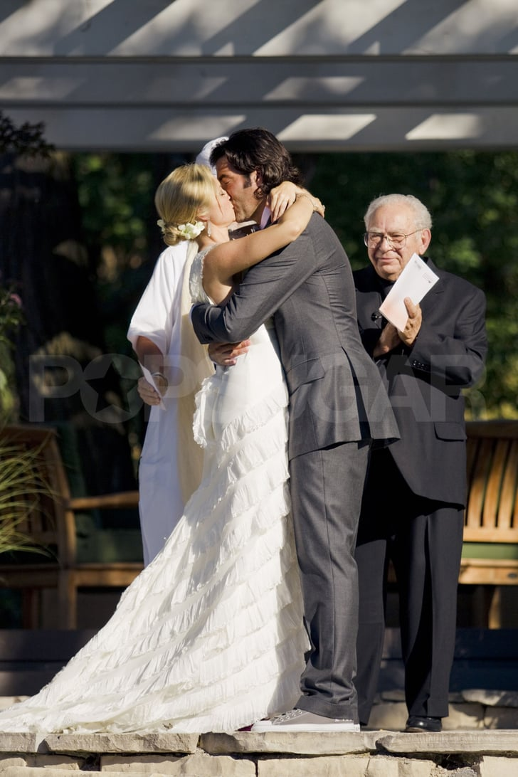 First Kiss Amy Smart Wedding Pictures To Carter