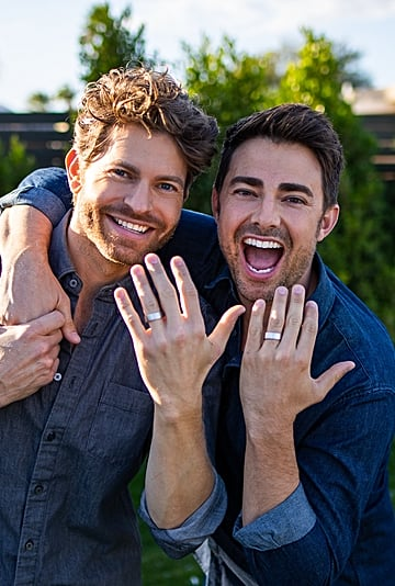 See Mean Girls Star Jonathan Bennett's Engagement Ring