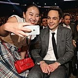 Jim Parsons smiled for a midshow selfie during the People's Choice Awards.