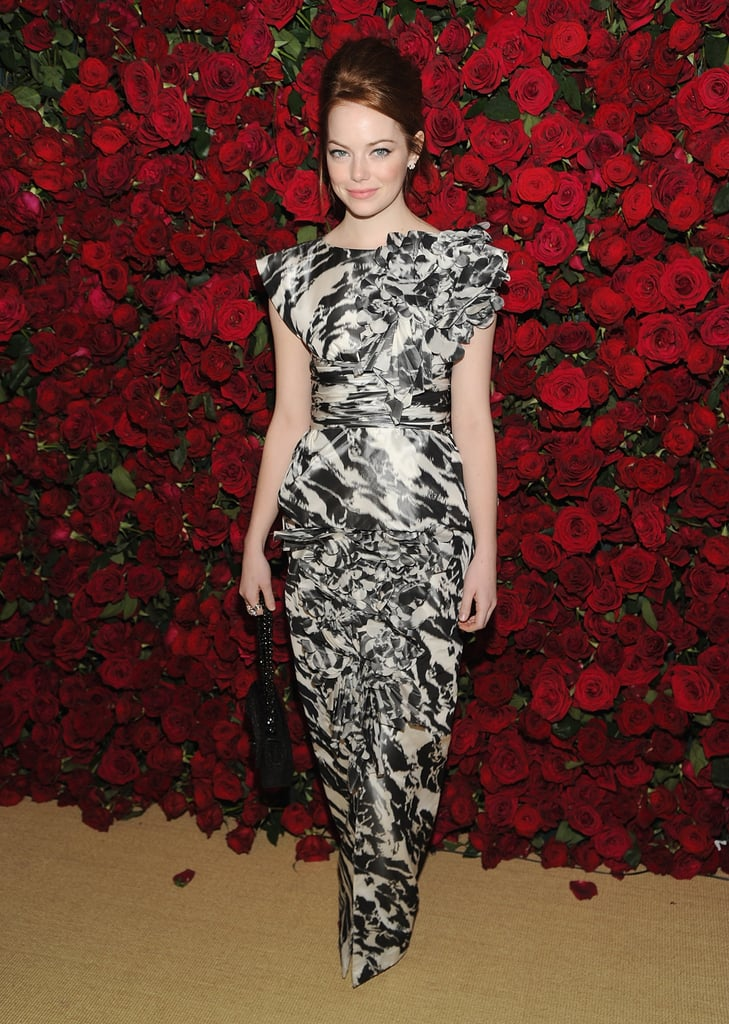 For the MoMA's fourth annual film benefity in NYC, the stylish starlet chose a printed Chanel gown.