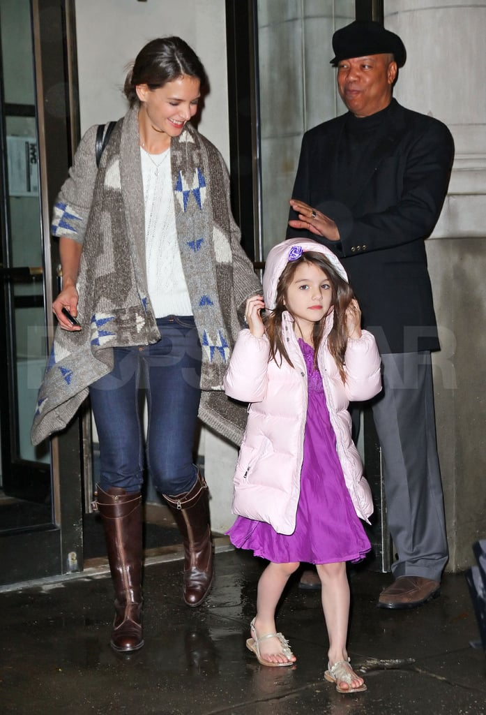Katie Holmes and Suri Cruise left their NYC home last night.