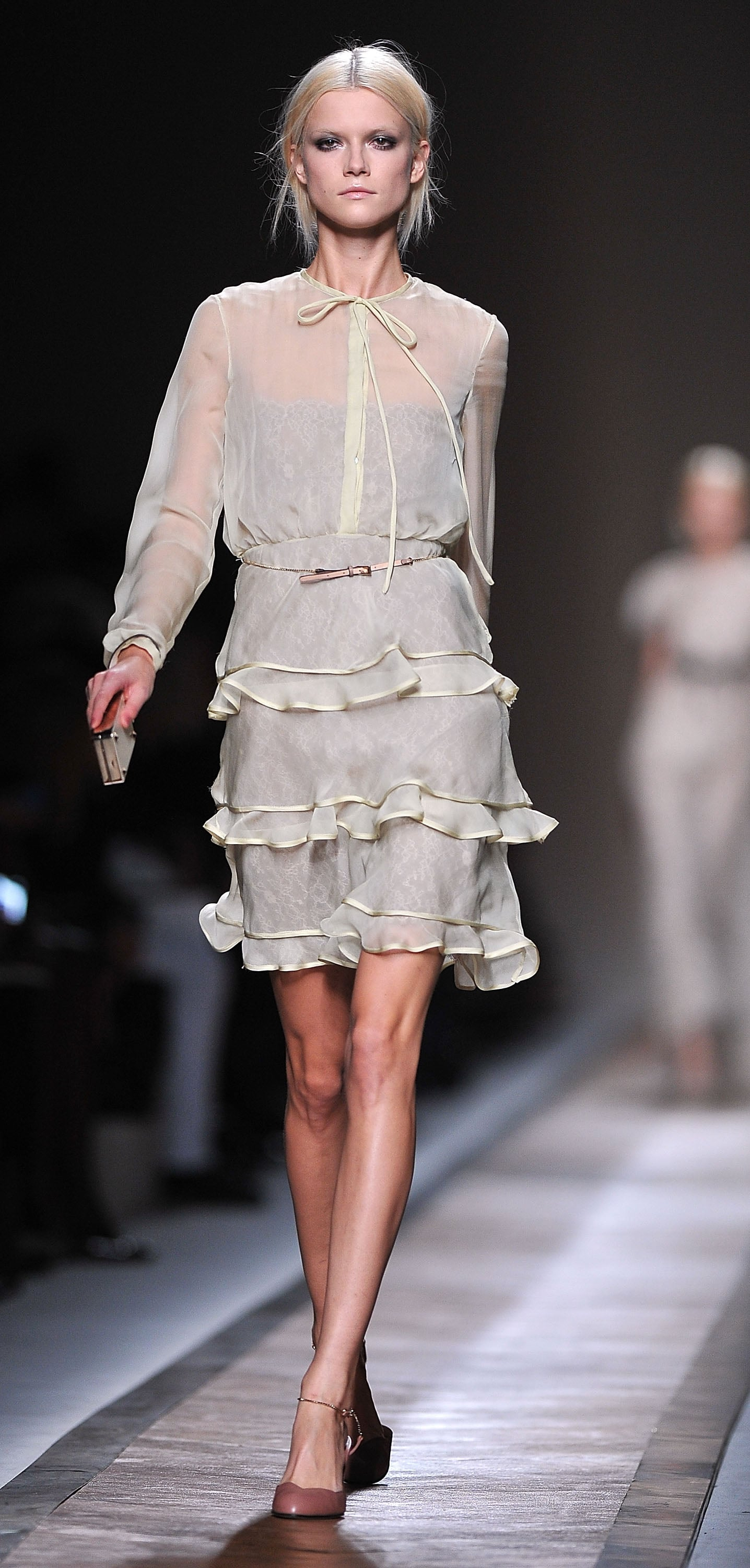 2011 Spring Paris Fashion Week: Valentino