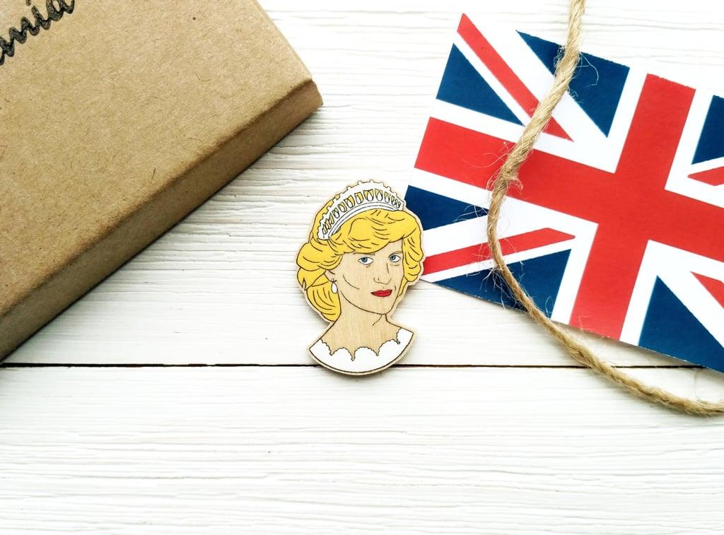 LovePyramid Princess Diana Wooden Pin
