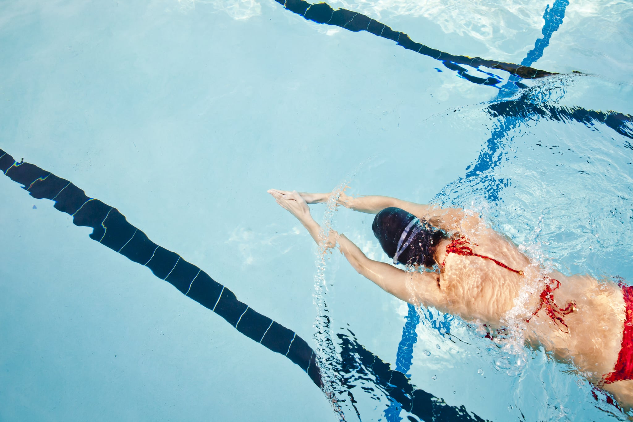 can you lose weight swimming