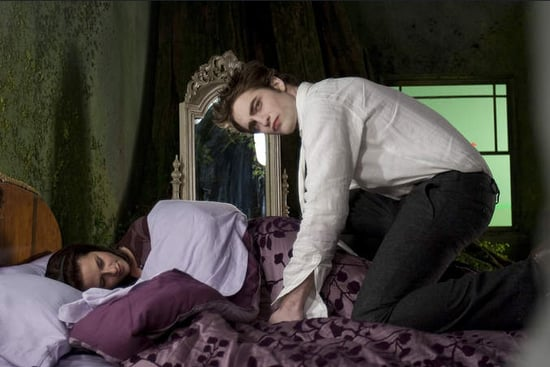 Edward and Bella in Bed and Shirtless Taylor in New Stills From New Moon!