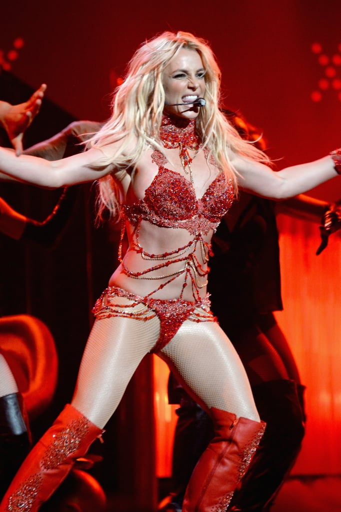 Britney-Spears-Billboard-Awards-Performance-Pictures-2016.jpg