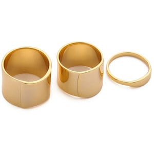 This Gorjana Camila Beveled Ring Set ($85) looks a lot more luxe than its under-$100 price tag if you're looking to impress Mom on a budget.