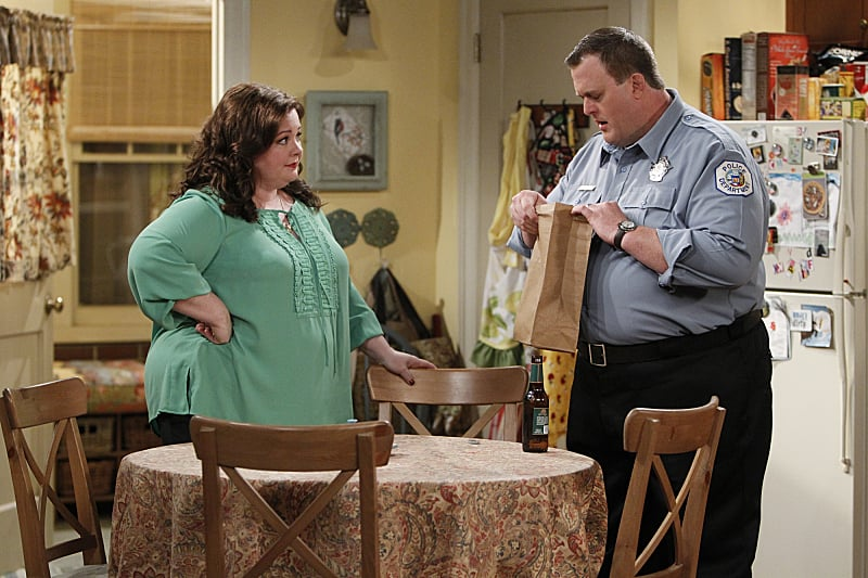 Mike & Molly What happens:  Mike's mom, Peggy, dumps his boss, Captain Murphy, but Murphy shows up later to say they're not over. A huge tornado hits Chicago. During the tornado, Mike confesses to Molly that he went into business with Vince to save money for in vitro treatments.