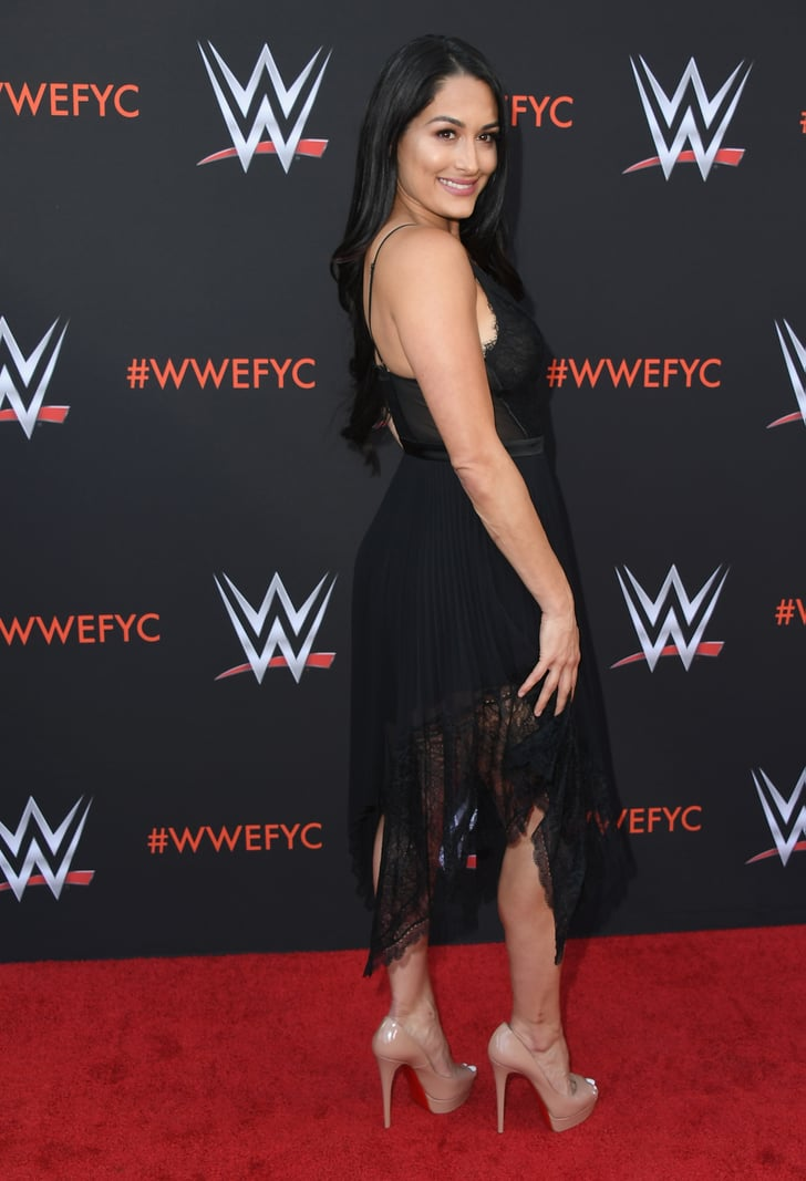 Nikki And Brie Bella At Wwe S Fye Event June 2018