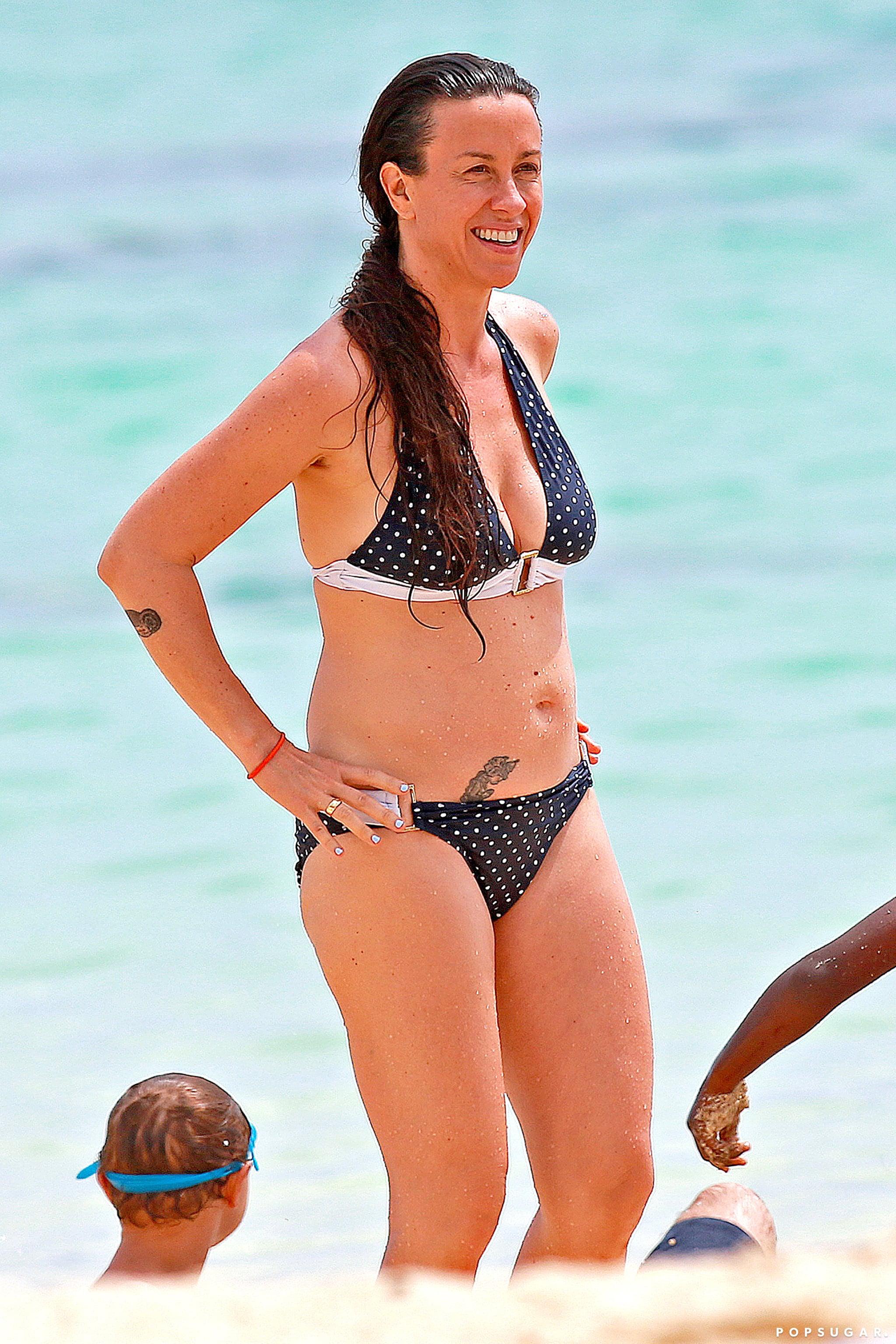 Alanis Morissette Bikini