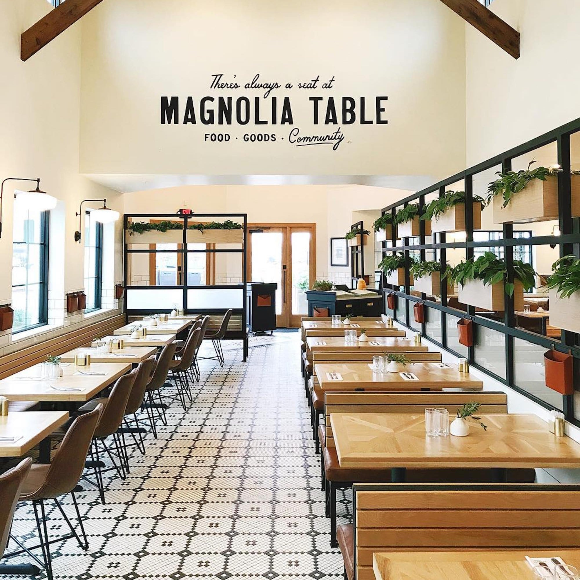 Chip And Joanna Gainess Magnolia Table Restaurant Pictures - Magnolia table restaurant waco tx
