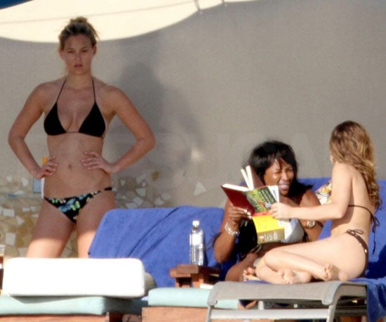 Slide Picture of Bar Refaeli, Naomi Campbell Wearing Bikinis