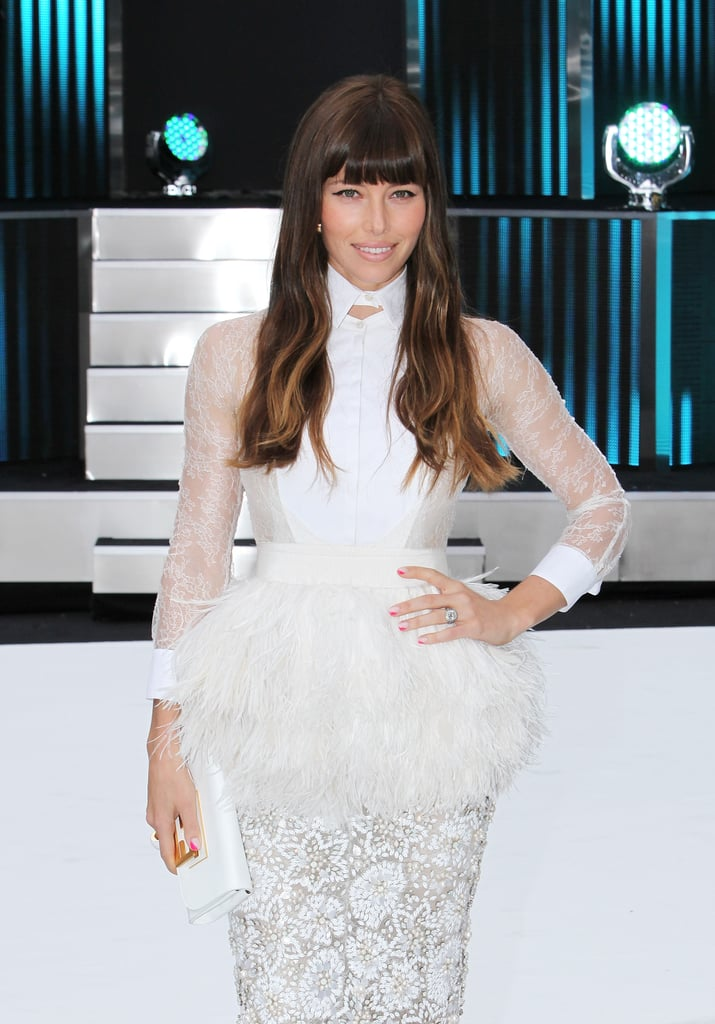 A closer look at Jessica's dramatic white Giambattista Valli Couture look in London.