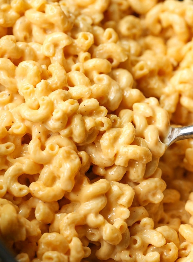 No-Boil Slow-Cooker Macaroni and Cheese