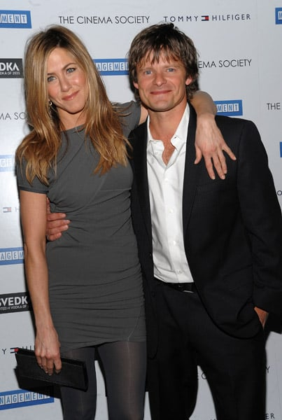 Jennifer Aniston and Steve Zahn Manage With Blue Eyes ...