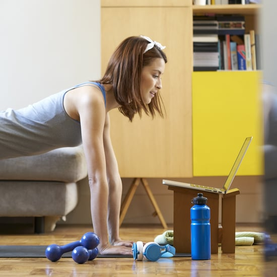 How to Set Up Your Living Room For Home Workouts