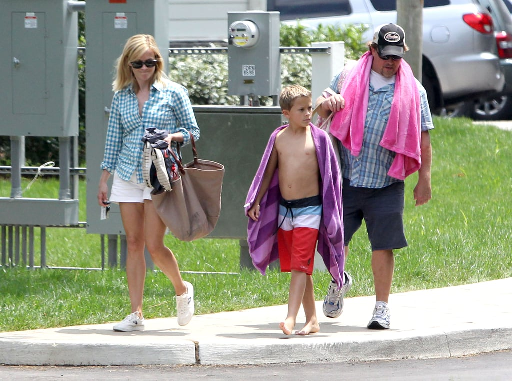 Saturday May Have Been Last Day To Do >> Reese Witherspoon With Son Deacon in Nashville | POPSUGAR Celebrity