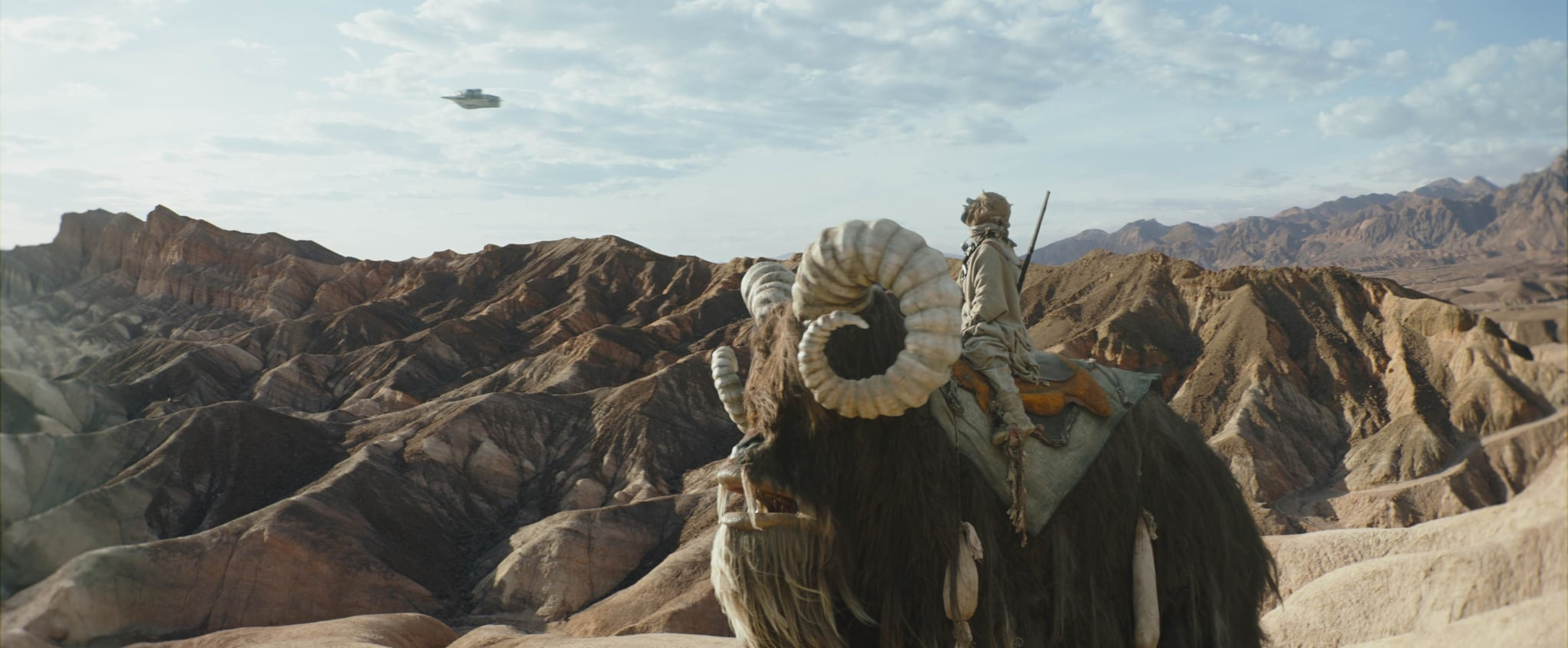 THE MANDALORIAN, Tusken Raider riding a Bantha, (Season 2, premiered Oct. 30, 2020). photo: Disney+/Lucasfilm / Courtesy Everett Collection