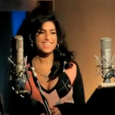 "Amy Winehouse Music Video With Tony Bennett For ""Body and Soul"""