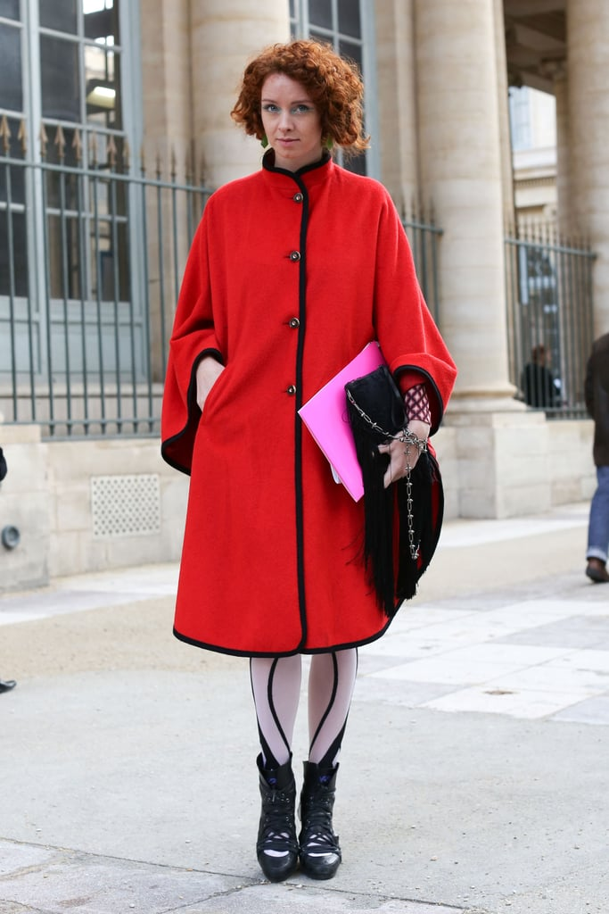 A bold cape-like coat and high-wattage tights made this styler a standout.