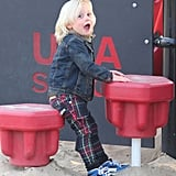 Zuma Rossdale played in plaid pants.