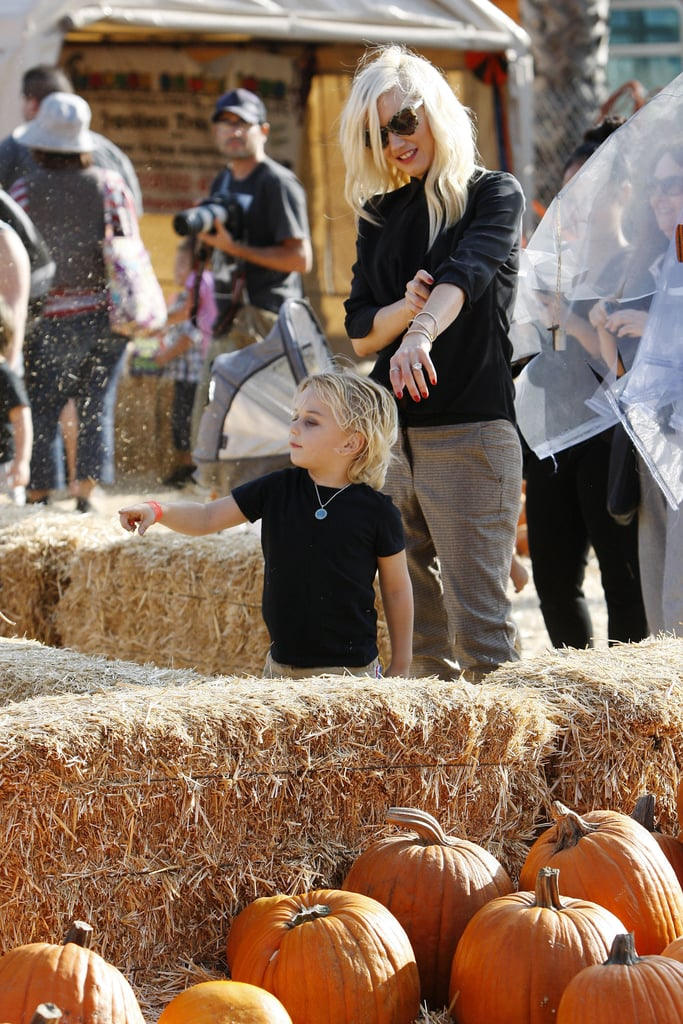 Gwen Stefani and Zuma Rossdale picked out their favorite pumpkins at Shawn's Pumpkin Patch in Culver City.
