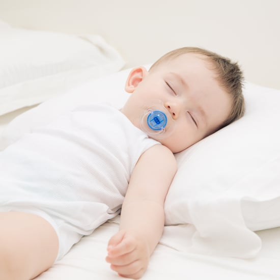 When to Give a Baby a Pillow
