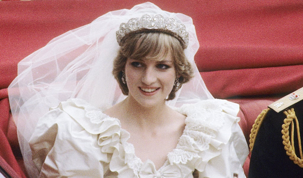 Princess Diana\'s Wedding Tiara | Why Meghan Markle Can\'t Wear a ...