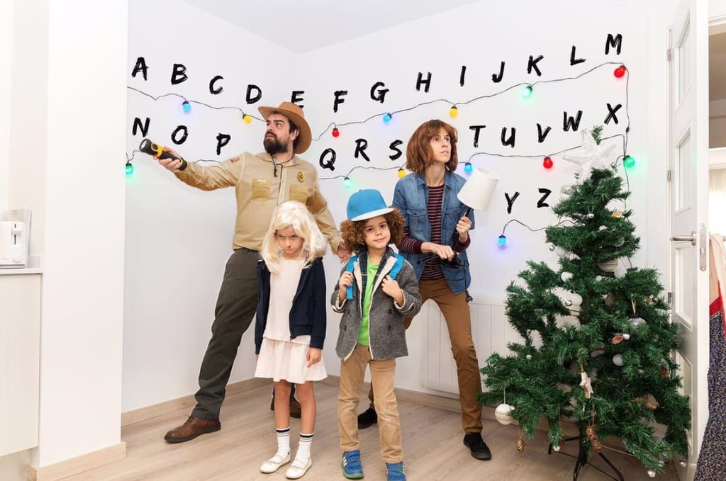 Family Of 4 Halloween Costumes 2019.Family Of 4 Halloween Costumes Popsugar Family