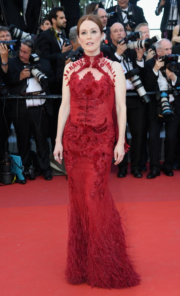 Julianne Moore's Givenchy Gown Featured a Feather Train