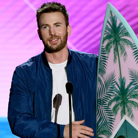 Chris Evans Accepts Teen Choice Award 2016 | Video