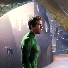 Green Lantern Trailer With Ryan Reynolds 2011-05-04 11:32:28