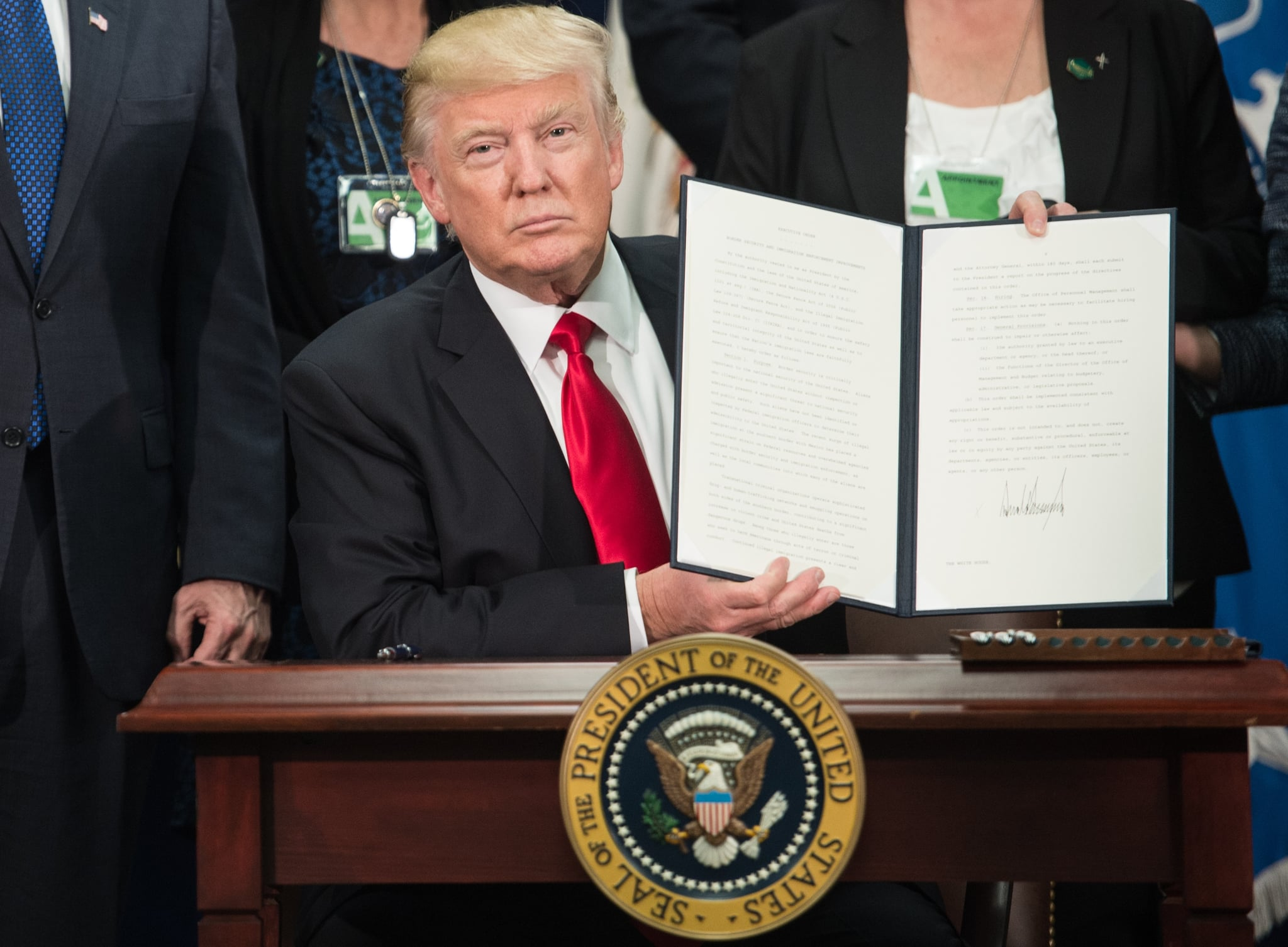 Donald Trump: Executive Order Bans Syrian Refugees and Muslims From 7 Countries